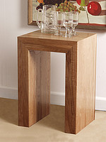 Nero Solid Oak Lamp / Side Table