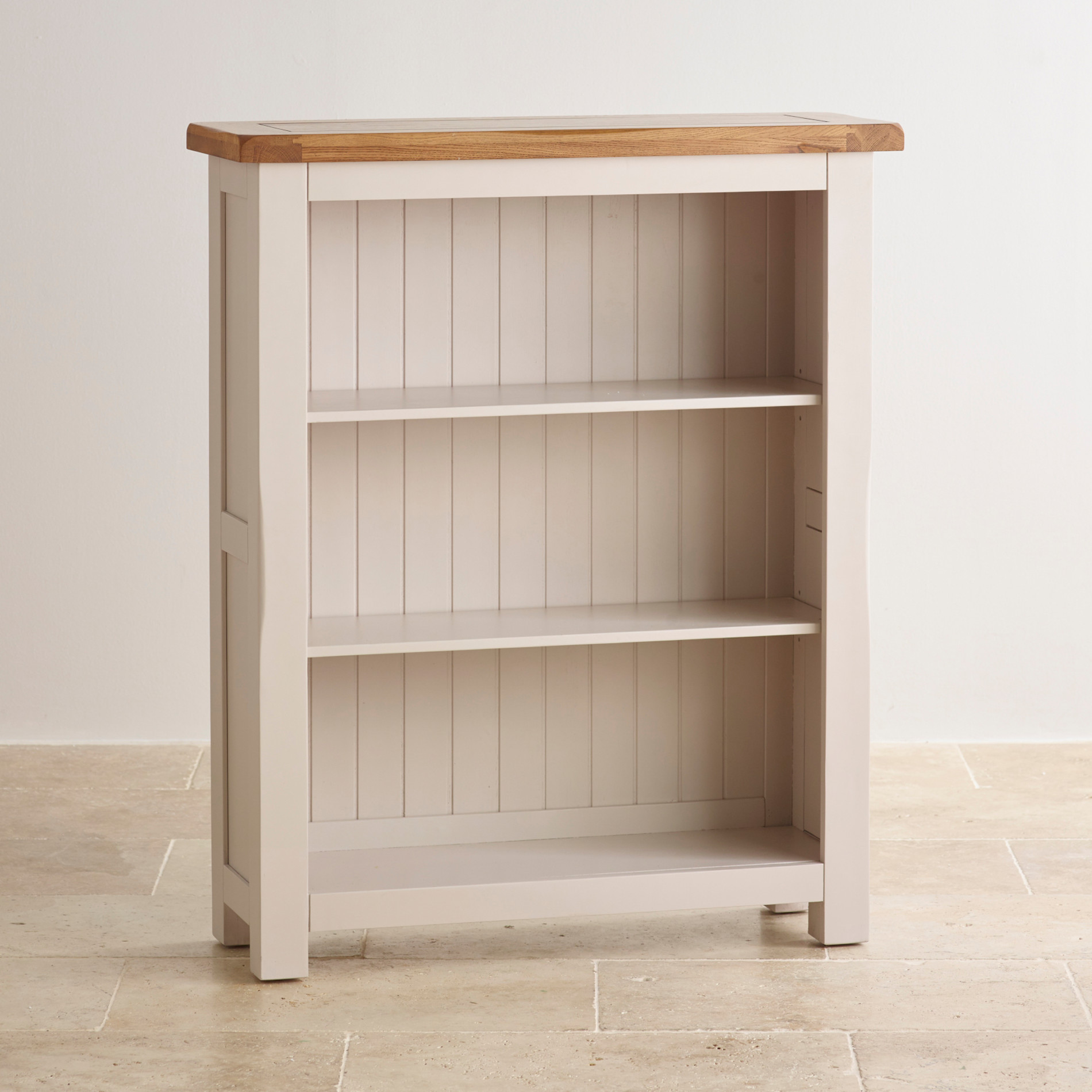 Kemble Small Solid Oak Small Bookcase. Full resolution‎  picture, nominally Width 1900 Height 1900 pixels, picture with #8E633D.